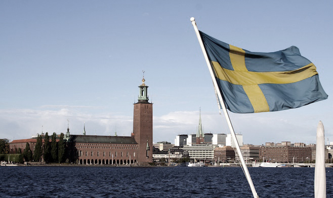 sweden first cashless country in world