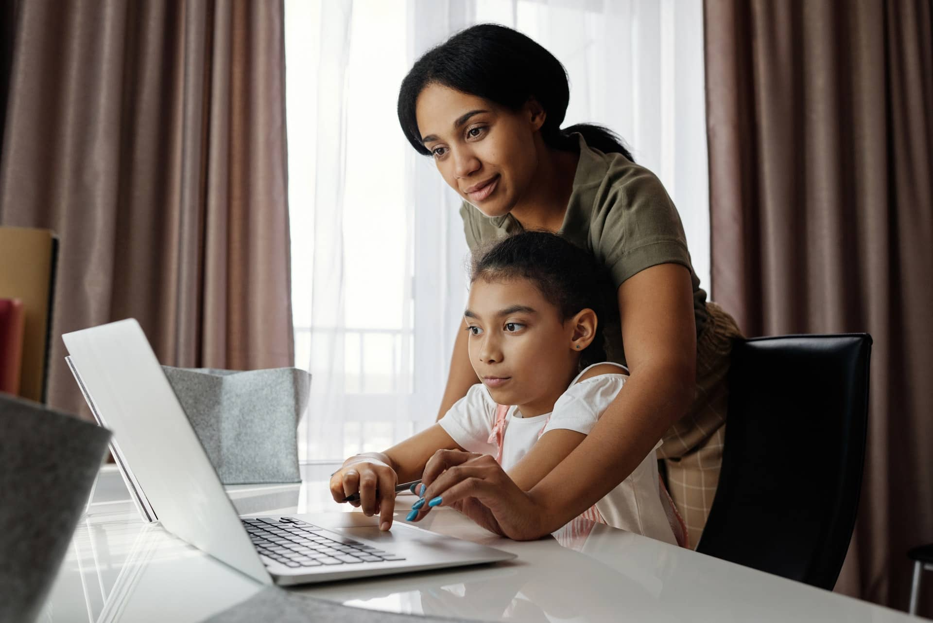 How to Choose Online Courses for Kids?